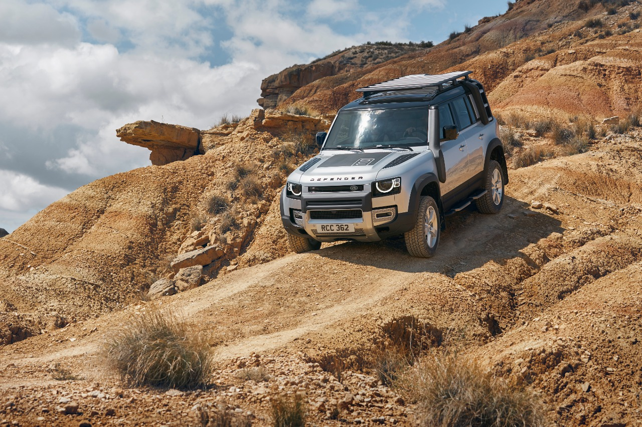 2020 Land Rover Defender India Launch Live Updates: Prices ...