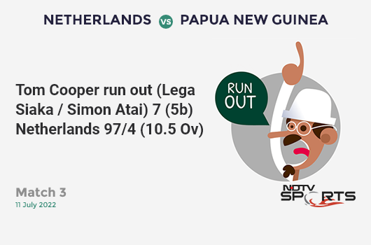 ENG vs AUS: Match 32: David Warner hits Jofra Archer for a 4! Australia 18/0 (4.0 Ov). CRR: 4.5